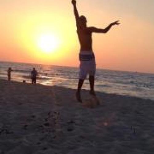 amr yehia's avatar