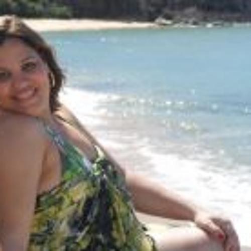 Ana Claudia D'Almeida's avatar