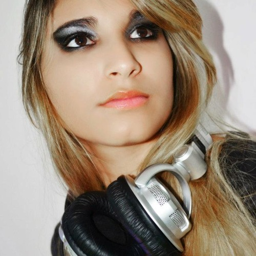 Laísa Moura's avatar