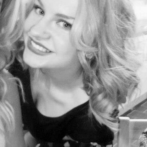 Lauraa93's avatar