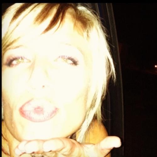 MelissasMayhem's avatar