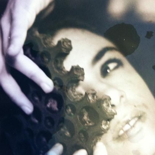 melanie burriesci's avatar
