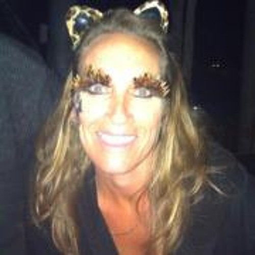 PaulaMills's avatar