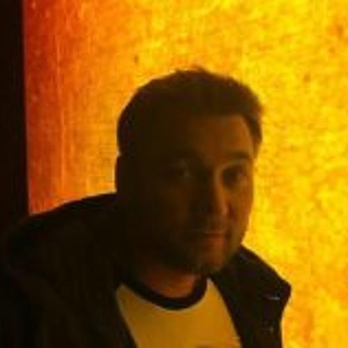 Dima Sardina's avatar