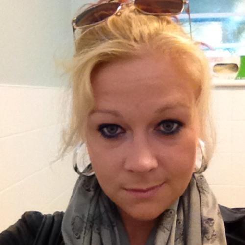 Laura Nunn's avatar