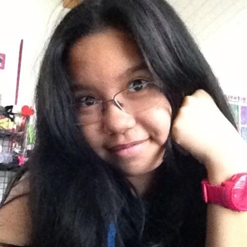lara_12's avatar