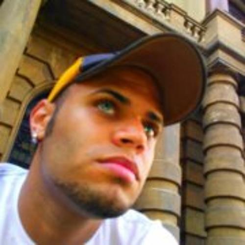 Renan Costa 11's avatar