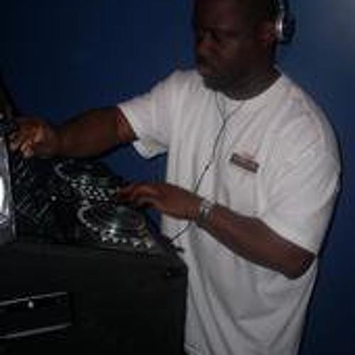 DJ WESTSIDE41's avatar
