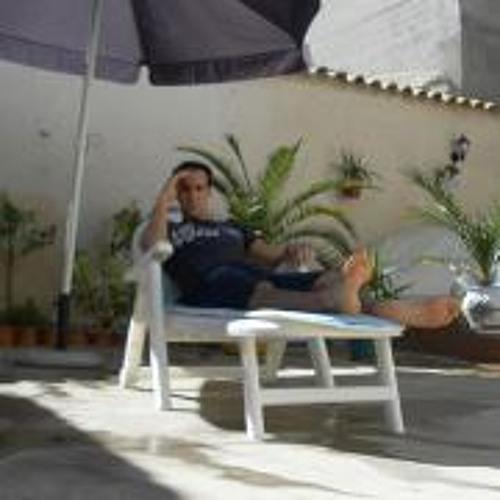 Carlos Villafranca's avatar