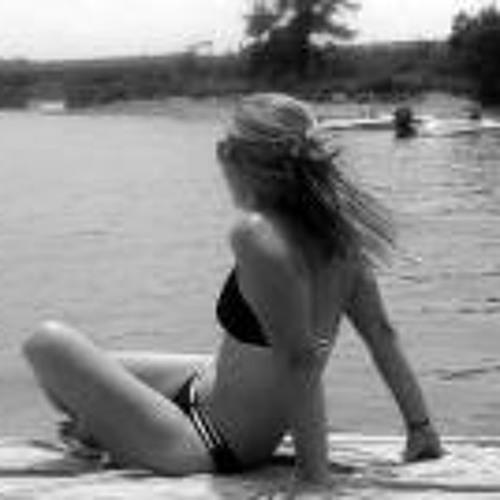 Alexandra Clemmons's avatar