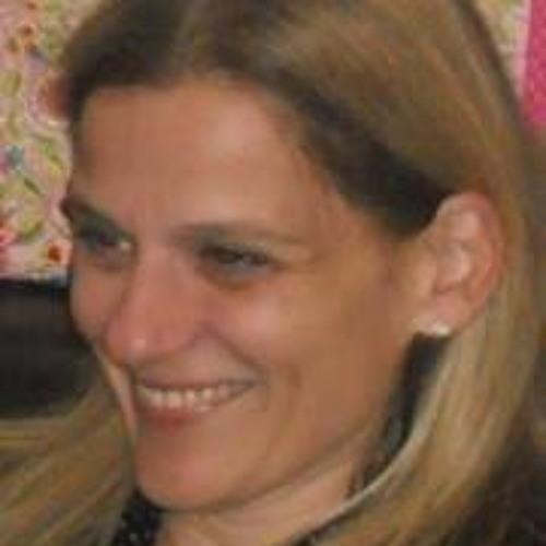Tina Vardava's avatar