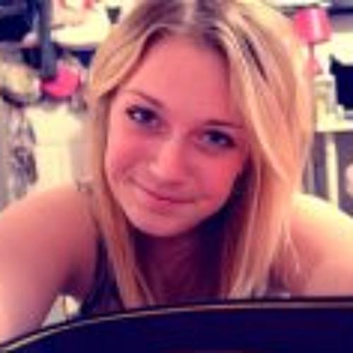 Alice Chandlerr's avatar