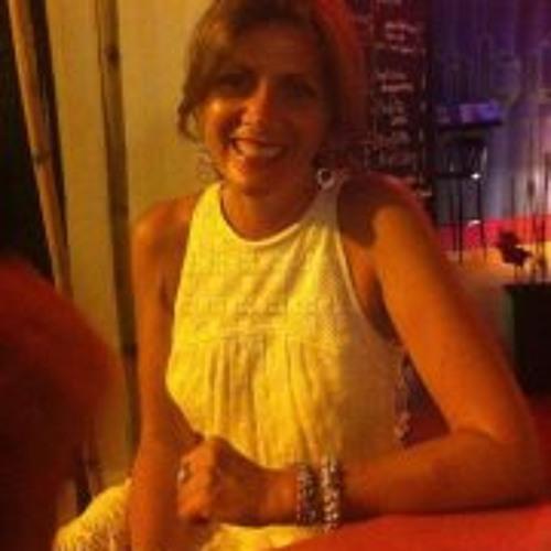 Sophie Thomas 16's avatar