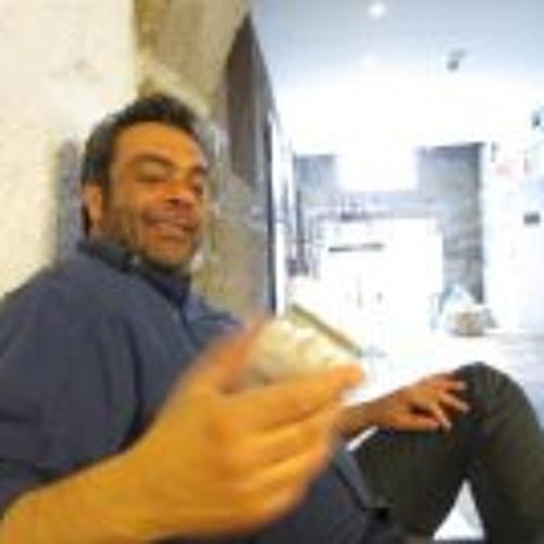 Walid Ataya's avatar