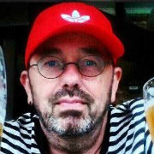 Henry Mostert's avatar