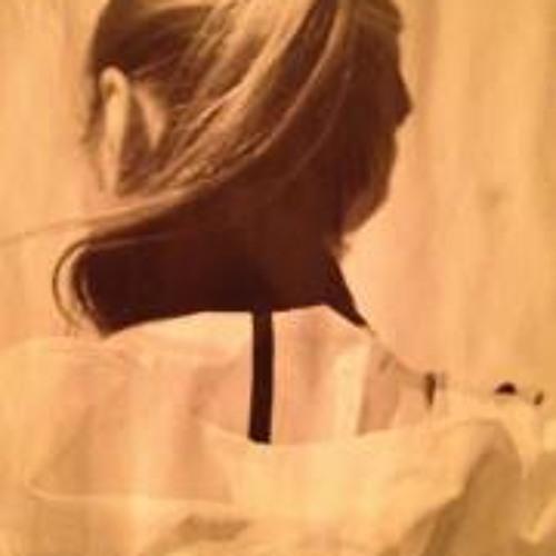 Myrta Holinger's avatar