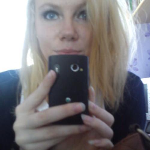 Yasemin Pearzer's avatar