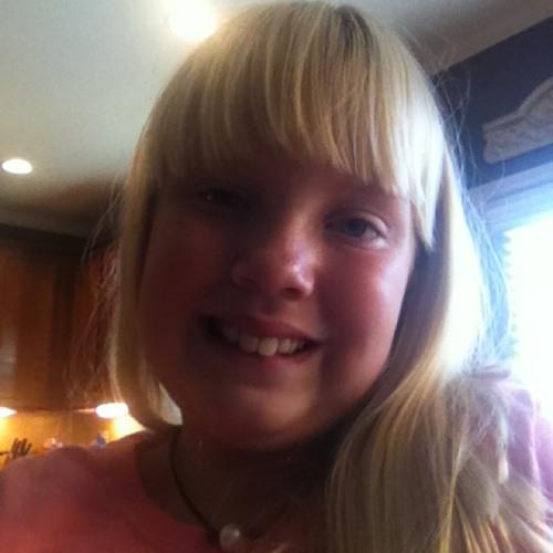 singing girl's avatar