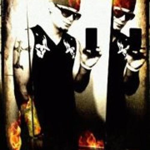 Justin Larson 2's avatar