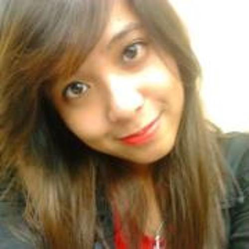 Iza Bautista's avatar