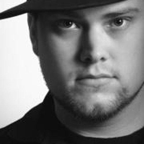 Kris Rogers 3's avatar