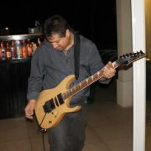 Carlos Hernan Demartini's avatar