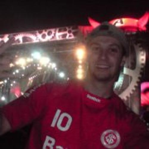 Fábio Rodrigues 38's avatar