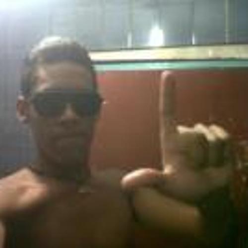 Frank Mendoza 4's avatar