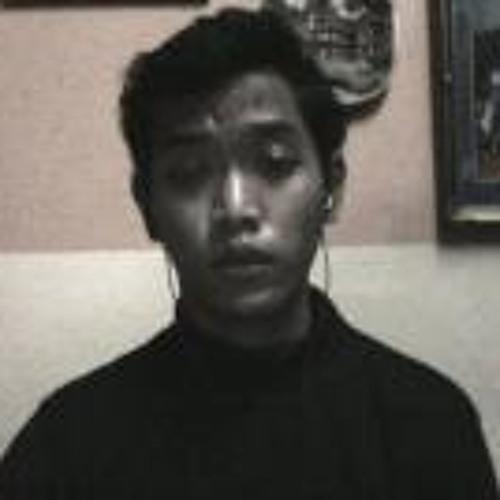 Kharleel Yazit's avatar