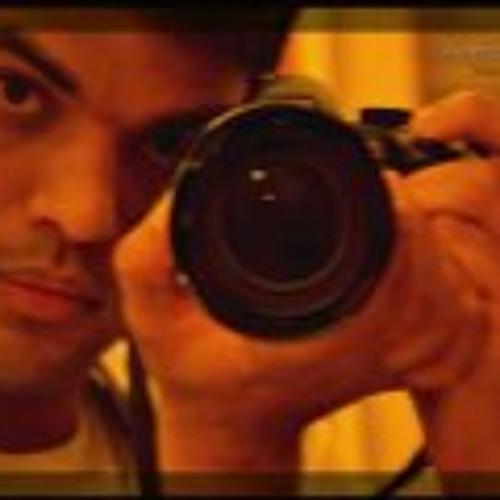 Harmy Khinda's avatar