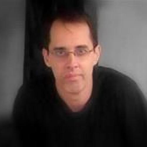 Flávio Rios's avatar
