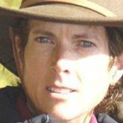 Laura Ellis 9's avatar