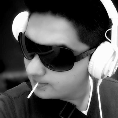 Glow Panda's avatar