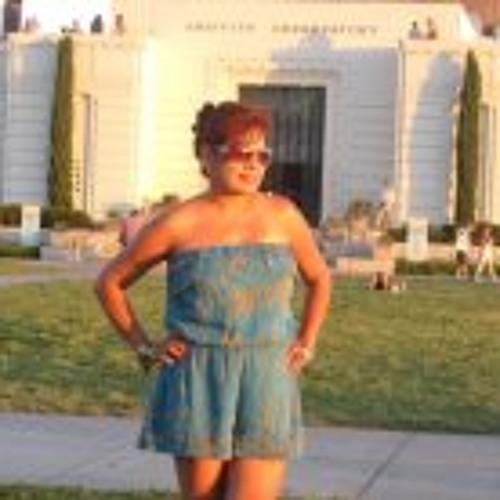 Lilly Jimenez's avatar