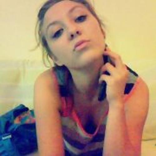 Maria Komar's avatar