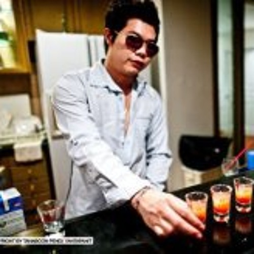 farz.thai's avatar