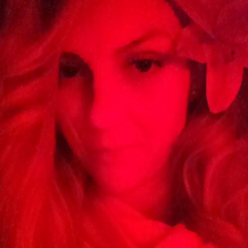 Monique Bucur's avatar
