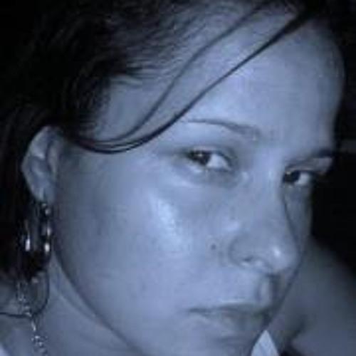 Elizabeth Llanes's avatar