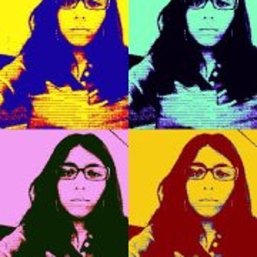 Andrea Macedo's avatar