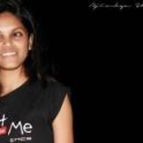 Kajol Shinde's avatar