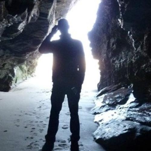 Justin Light <Diola>'s avatar