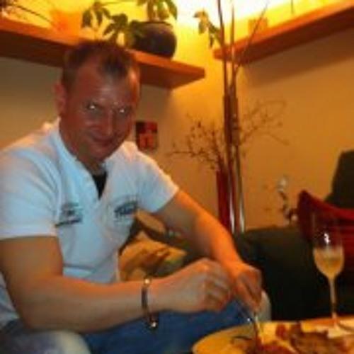 daniel knap's avatar