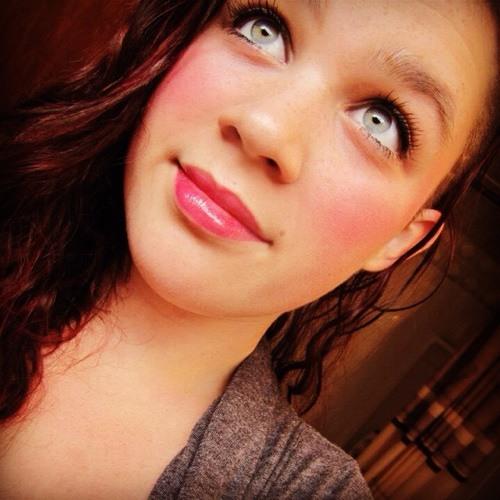 CarlyBrianne<3's avatar