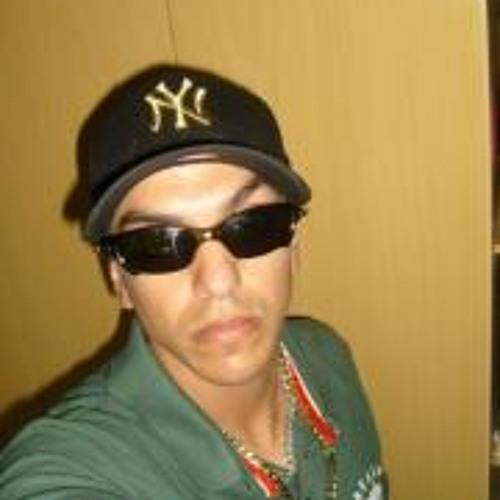 Leandro Fernandes 13's avatar
