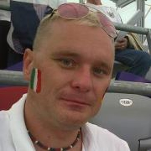 Robert Bachta's avatar