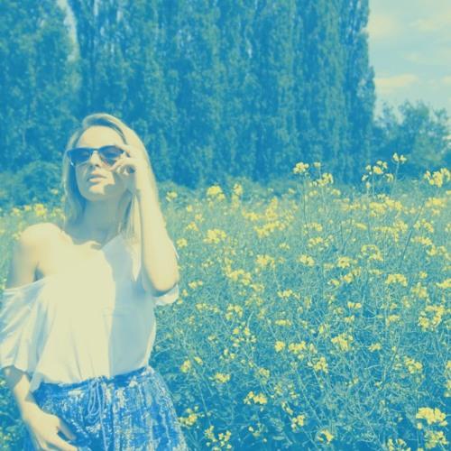 Anna Rivulet's avatar