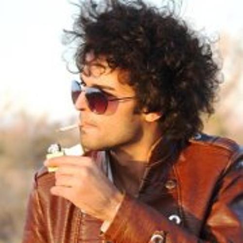 Maani Karamad's avatar