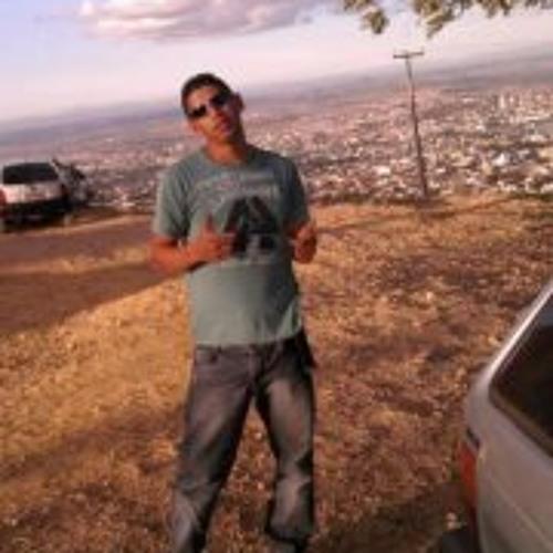 Claucon Valadares's avatar