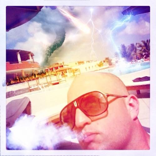 Paul Van Pavlou's avatar