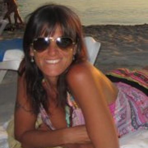 Luciana Cosa's avatar